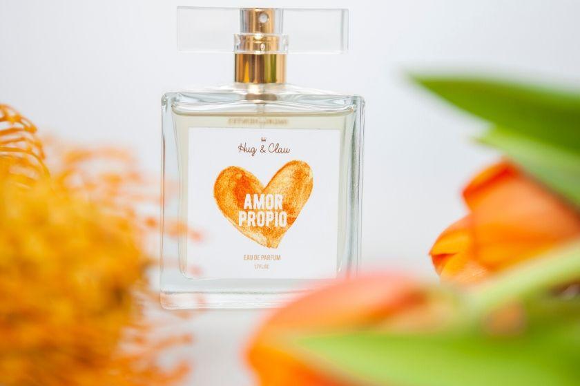 Perfume Amor Propio Hug&Clau